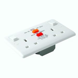 Newlec 2 Gang RCD Moulded Socket Outlet 250V AC 30mA 13A 35mm White