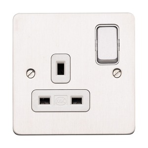 MK Electric Edge Switched Socket Outlet with Dual Earth Terminal 1-Gang 2-Pole 13A White