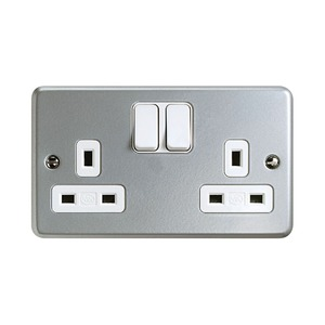 MK Metaclad Plus™ Steel 2-Pole 230V Power Socket Switch 13A 146 x 86 x 25mm Grey