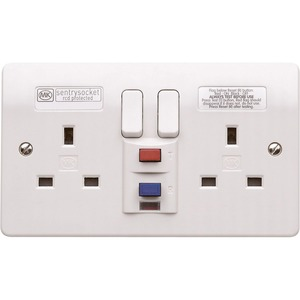 MK Electric Logic Plus 2-Gang 13A 30mA Active Circuit RCD Protected Socket White